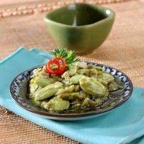 SAMBAL HIJAU PETAI http://www.sajiansedap.com/mobile/detail/15841/sambal-hijau-petai