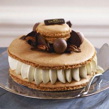 Macaron Dream Tm Caramel Pecan Patisserie Patisserie Francaise Macaron Laduree