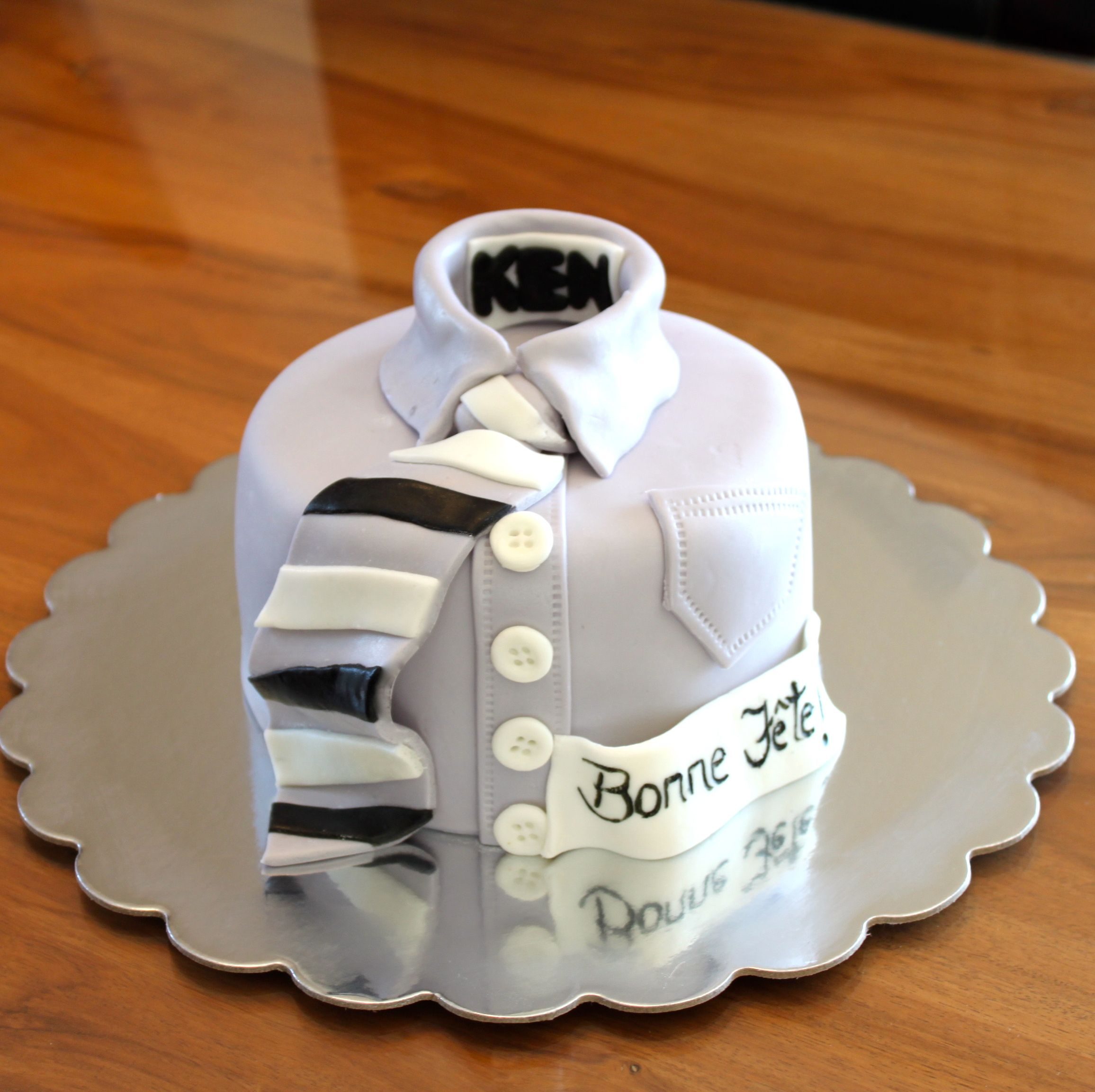 gateau pour homme gateau cake design pinterest g teaux pour hommes pour homme et g teau. Black Bedroom Furniture Sets. Home Design Ideas