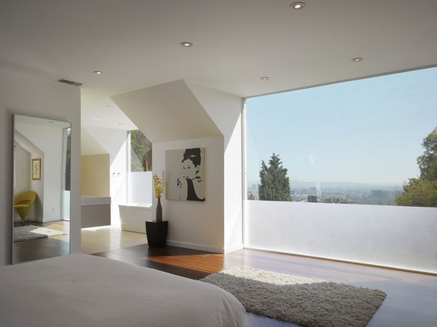 Contemporary Hollywood Hills Residence