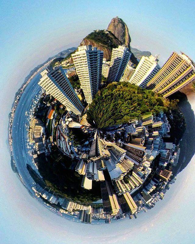 Recursos próprios, dialeto próprio, beleza sem igual! Ah, esse planeta #carioca chamado #RiodeJaneiro  Show de imagem do @ciclopedrones
