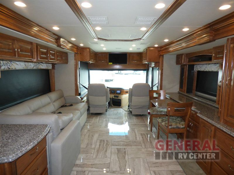 New 2017 Fleetwood RV Discovery 40E Motor Home Class A