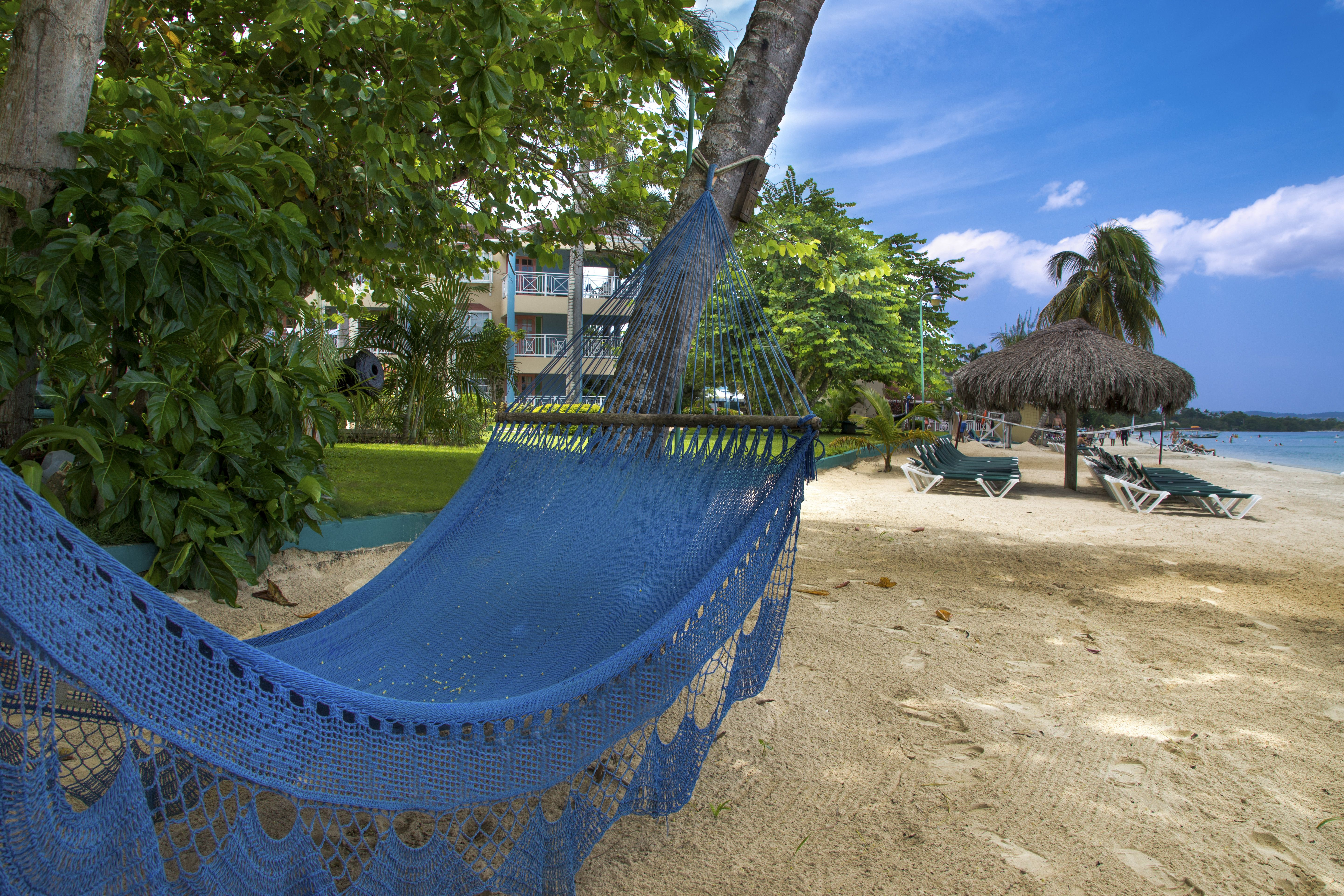 Negril Jamaica Seven Mile Beach At Sandy Bay Beach Resort Travel Beach Resorts Beach Scenes Negril