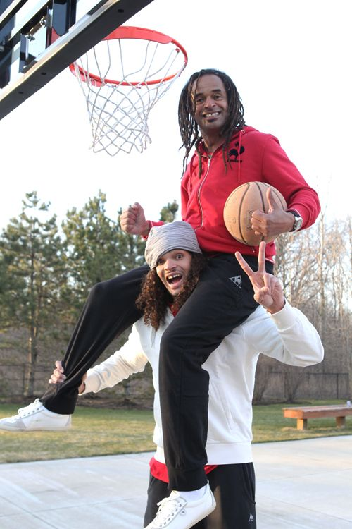 8a9f0fce805c Brotherly love JOAKIM NOAH and his brother
