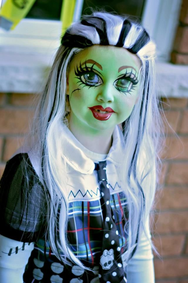 Monster High Frankie Stein Make Up Face Painting Halloween Halloween Costumes Makeup Family Costumes
