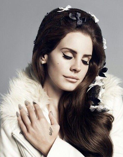 Lana Del Rey for H/M