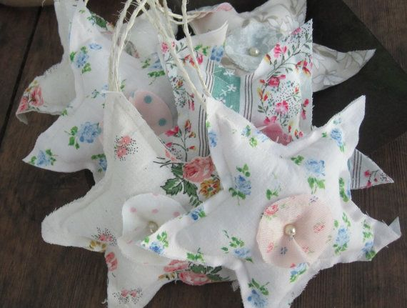 Decorative baby star set of 5 in soft colored vintage cotton with raw edges