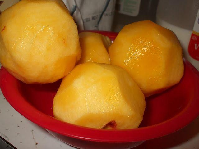 Easy Does It: Peach Cobbler