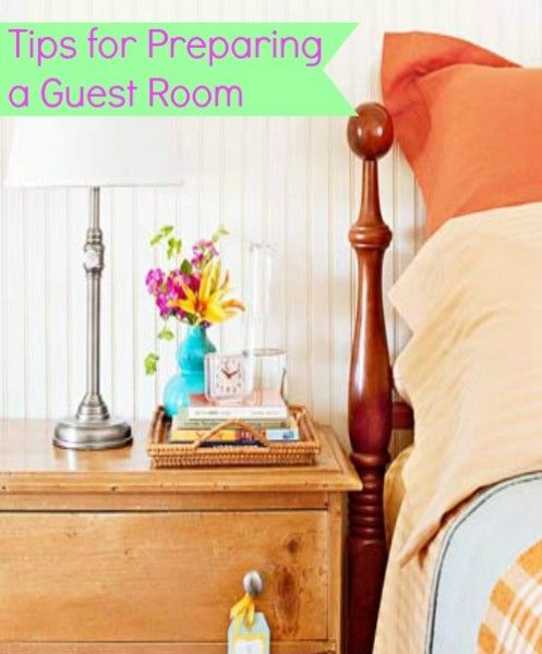 Having guests over soon? Wanting to get a guest bedroom in order? Learn how here. Preparing a Guest Room @ Tipsaholic.com #guests #guest #bedroom