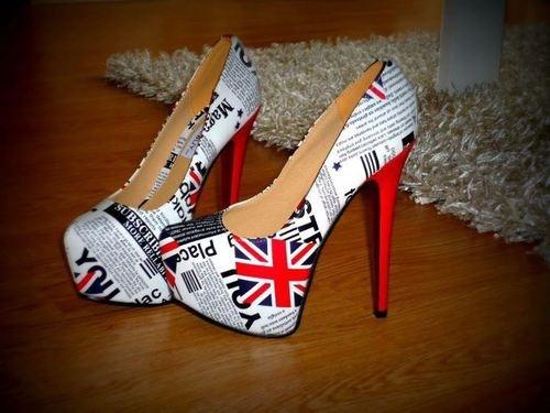 OMG I hate high heels but I want those!!
