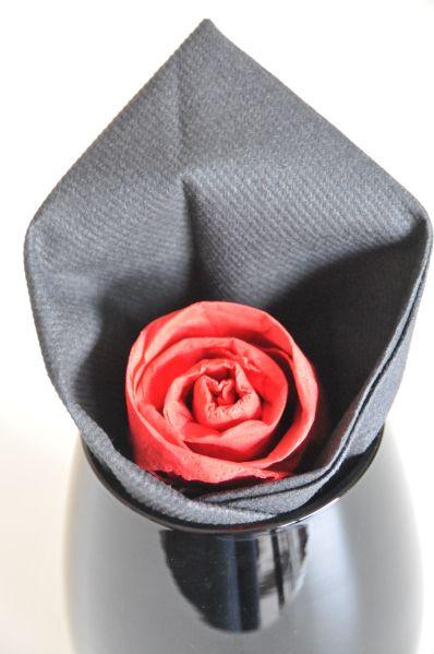 Pliage de serviettes en forme de rose #pliageserviettepapier