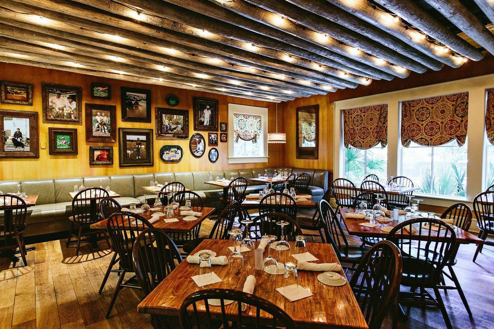 iranian restaurant near media city