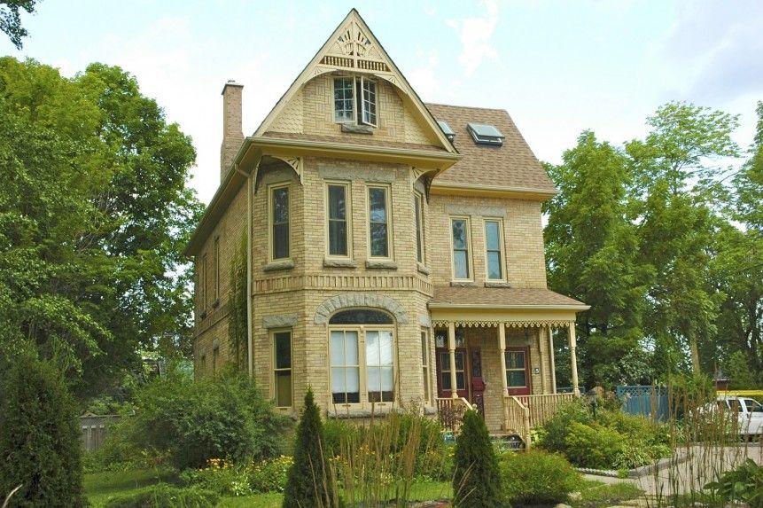 Yellow Brick Queen Anne Orangeville Architecture Rosshughes Ca Queen Anne Architecture Victorian Homes
