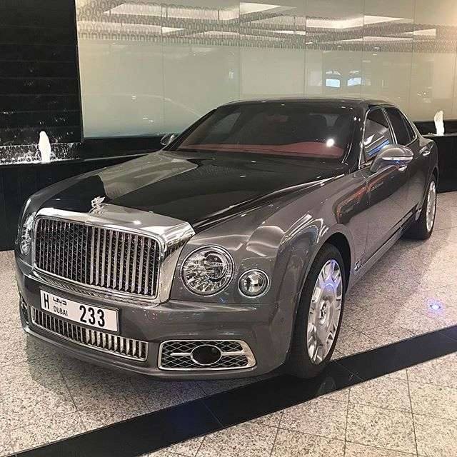 Bentley Mulsanne: Instagram Media By Instacar_uae