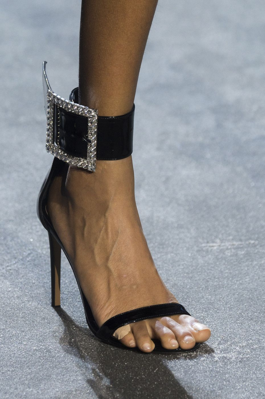 alexandre vauthier shoes online