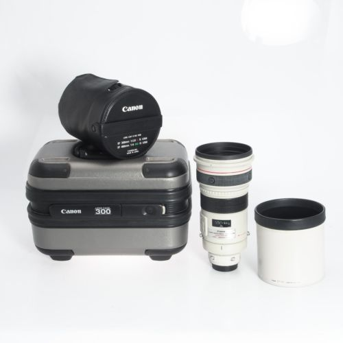 Canon Ef 300mm F2 8 L Is Image Stabilized Telephoto Eos Lens With Case 2531a002 Canon Ef Dslr Canon Photography