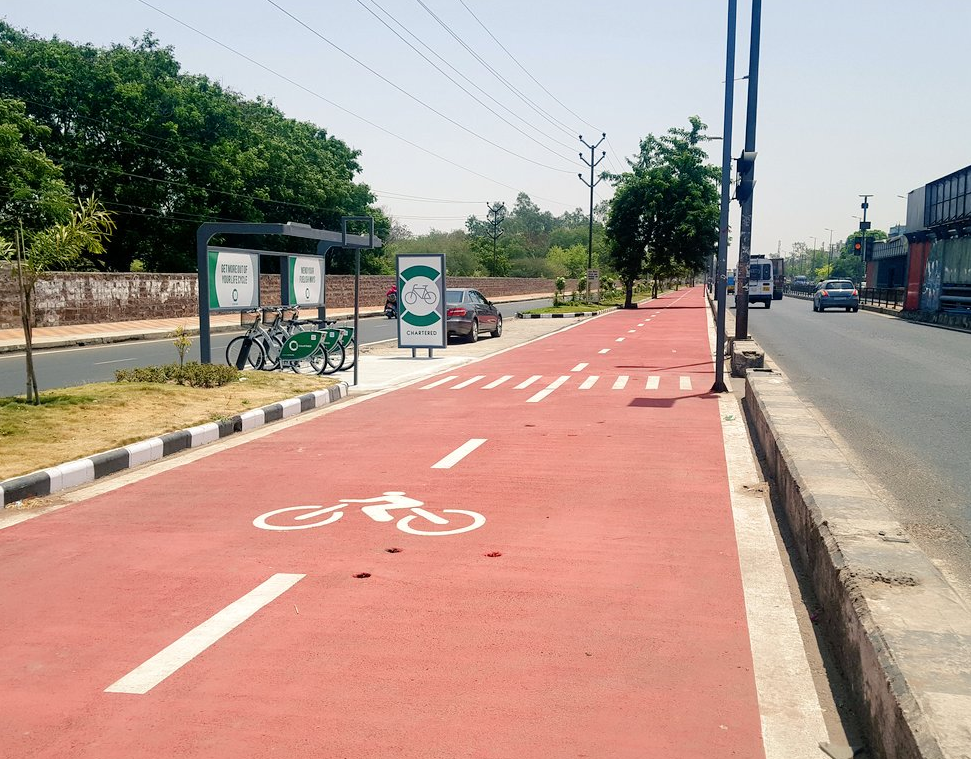 Check out Bhopal's cycle track  - 24km long - 50 bike stations - 500 bicycles  Government is promoting a cycling culture to solve the city's transport issues where government transport, private and commercial vehicles cause road congestion every day.  http://indianexpress.com/article/india/bhopal-500-gps-enabled-german-bicycles-50-stations-in-citys-smart-project-4488527/  #bhopal #india #traffic #cycletrack #cyclingtrack #bicyclepath #urbandevelopment #greencities #smartcities #greencity