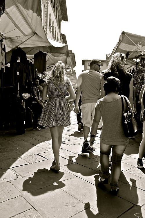 Italian markets in Florence - Leather Central