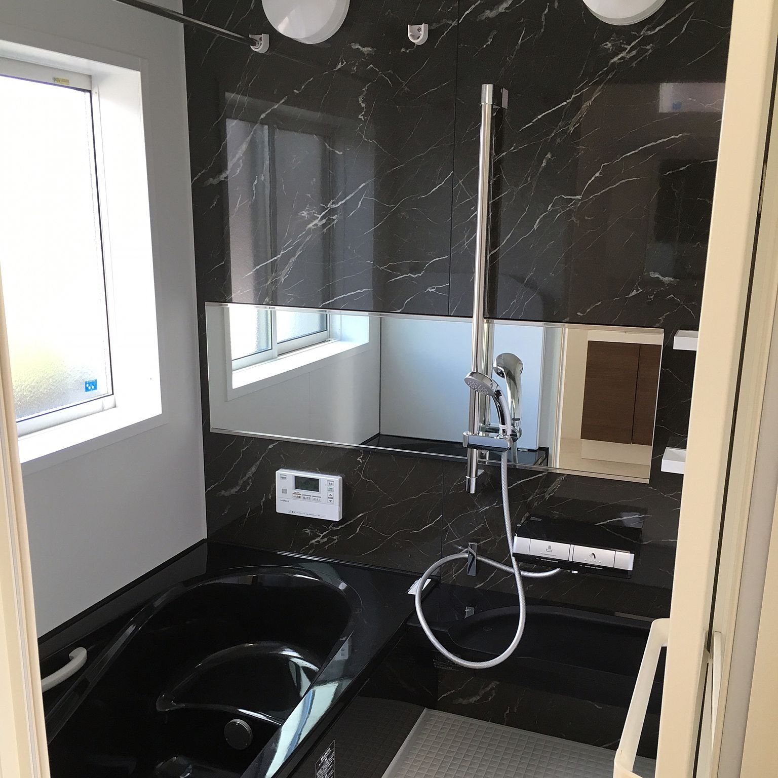 バス トイレ 横長鏡 パールブラック 浴槽 エコベンチ浴槽 などの