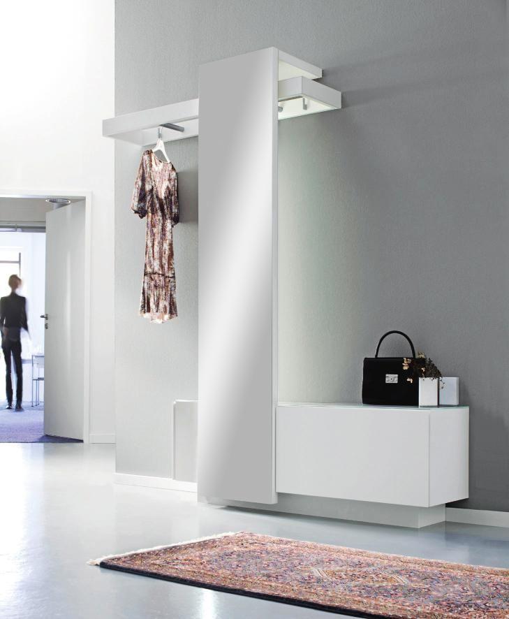 garderobe f r eine stilvolle aufbewahrung glatt gl nzend. Black Bedroom Furniture Sets. Home Design Ideas
