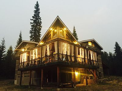House Vacation Rental In Trout Creek From Vrbo Com Vacation Rental Travel Vrbo Trout Creek Vacation Rental Lodge Homes