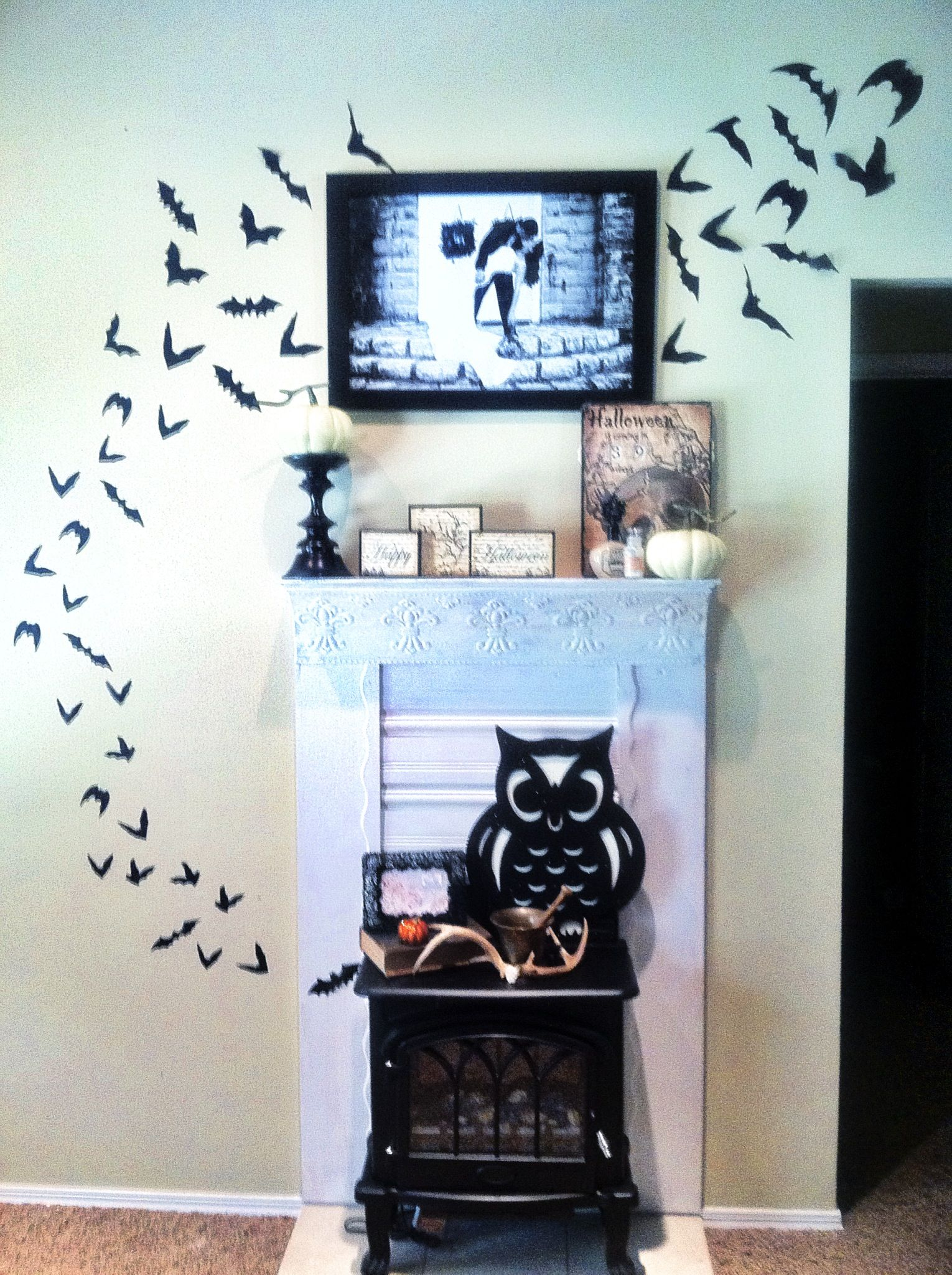 Halloween Mantle Decor | Ghouls Gone Wild | Pinterest ...