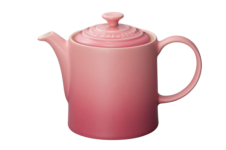 【Le Creuset グランド・ティーポット】縦型でシンプルなフォルムのティーポット。カップ2~3杯のお茶を入れることが出来ます。