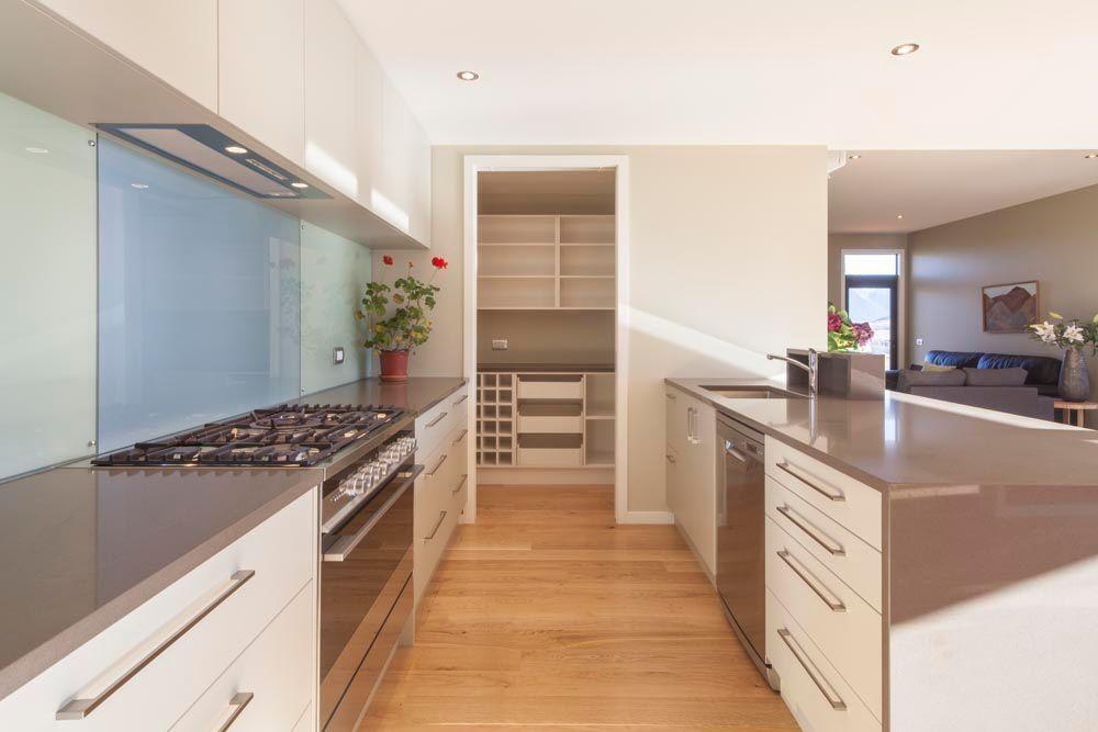 Elegant Tewa House Design Landmark Homes Builders Queenstown   Walk In Pantry With  Drawers