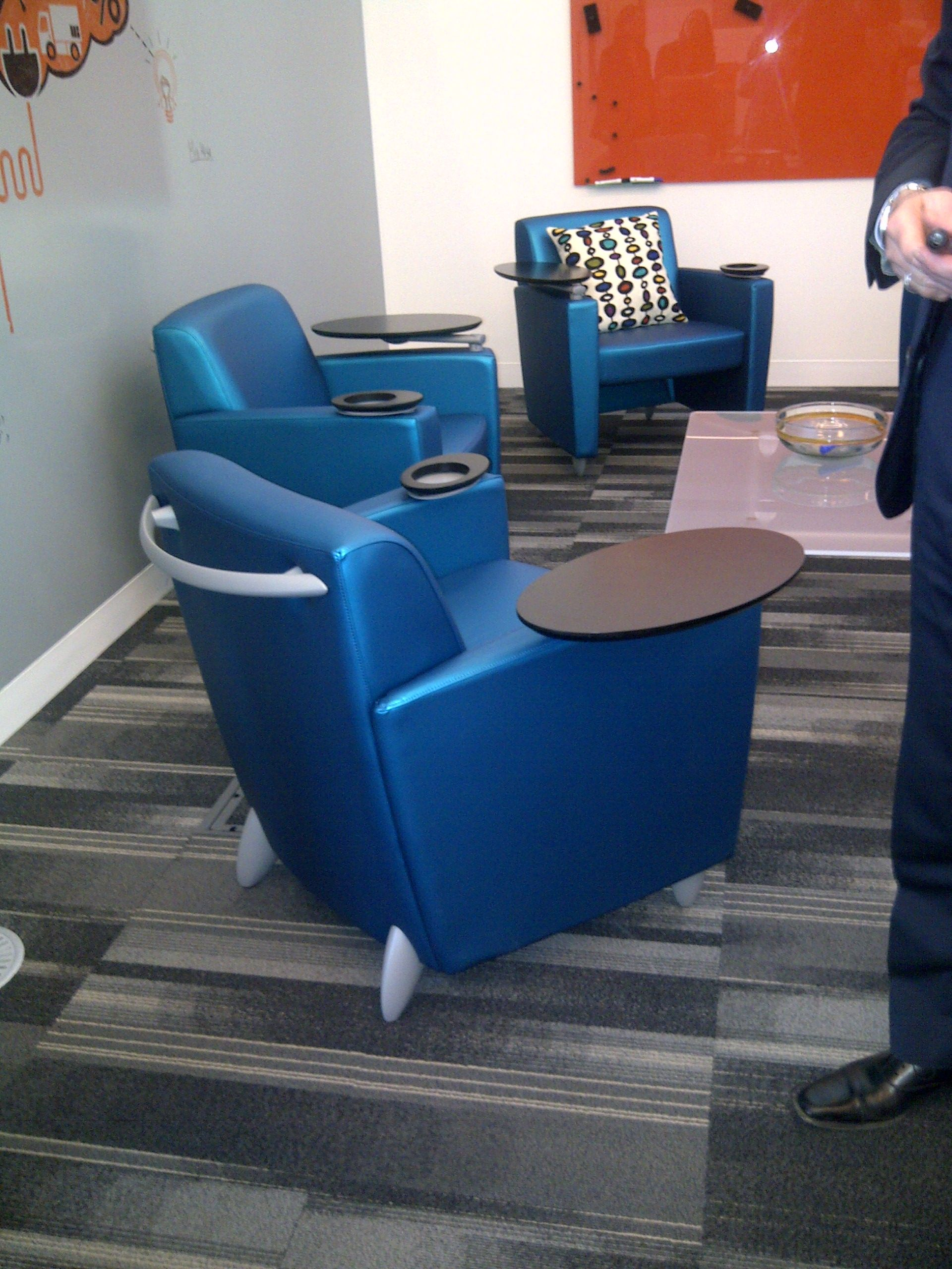 Best Comfy Blue Chairs Complete With Mini Table For Note 400 x 300