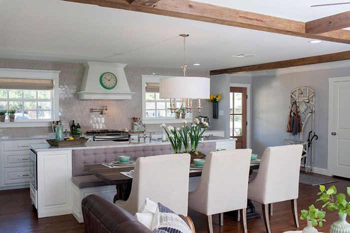 Idea For Built In Island Bench From Season 4 Episode 3 Of Chip And Joanna Gaines Show Fixer U Fixer Upper Kitchen Fixer Upper Dining Room Kitchen Island Decor