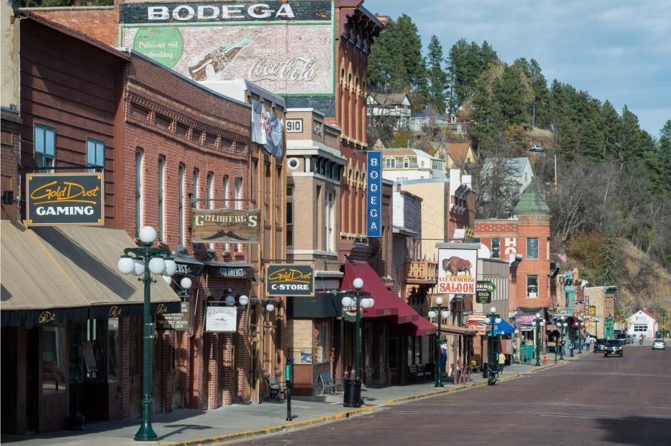 Deadwood Usa One Of The Most Beautiful Small Towns In The World Casino Vacation Small Town America Small Towns