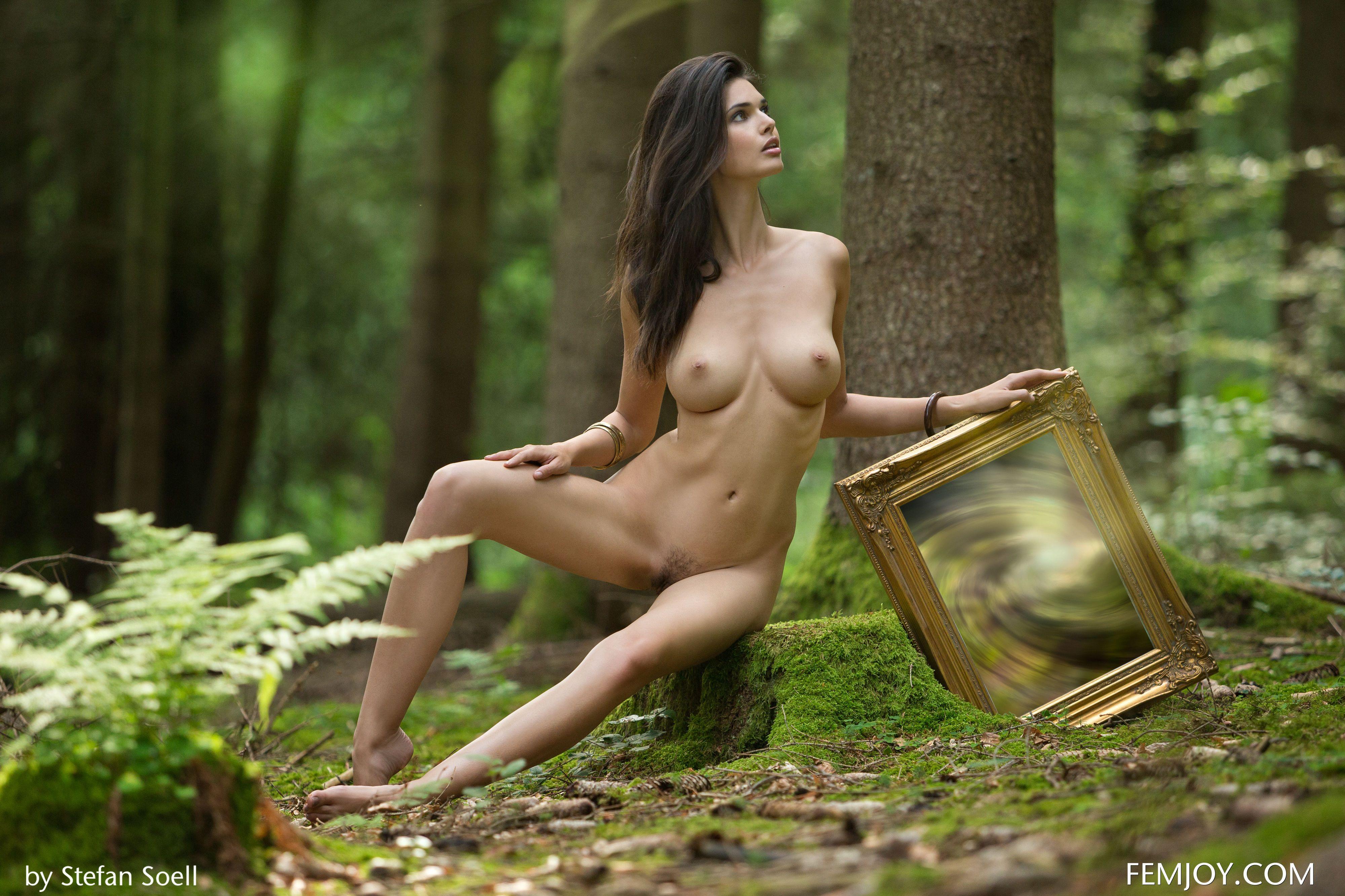 woman of supernatural nude