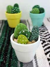 DIY decoration ideas with painted stones Crafting with stones DIY decoration ideas with painted stones Crafting with stones