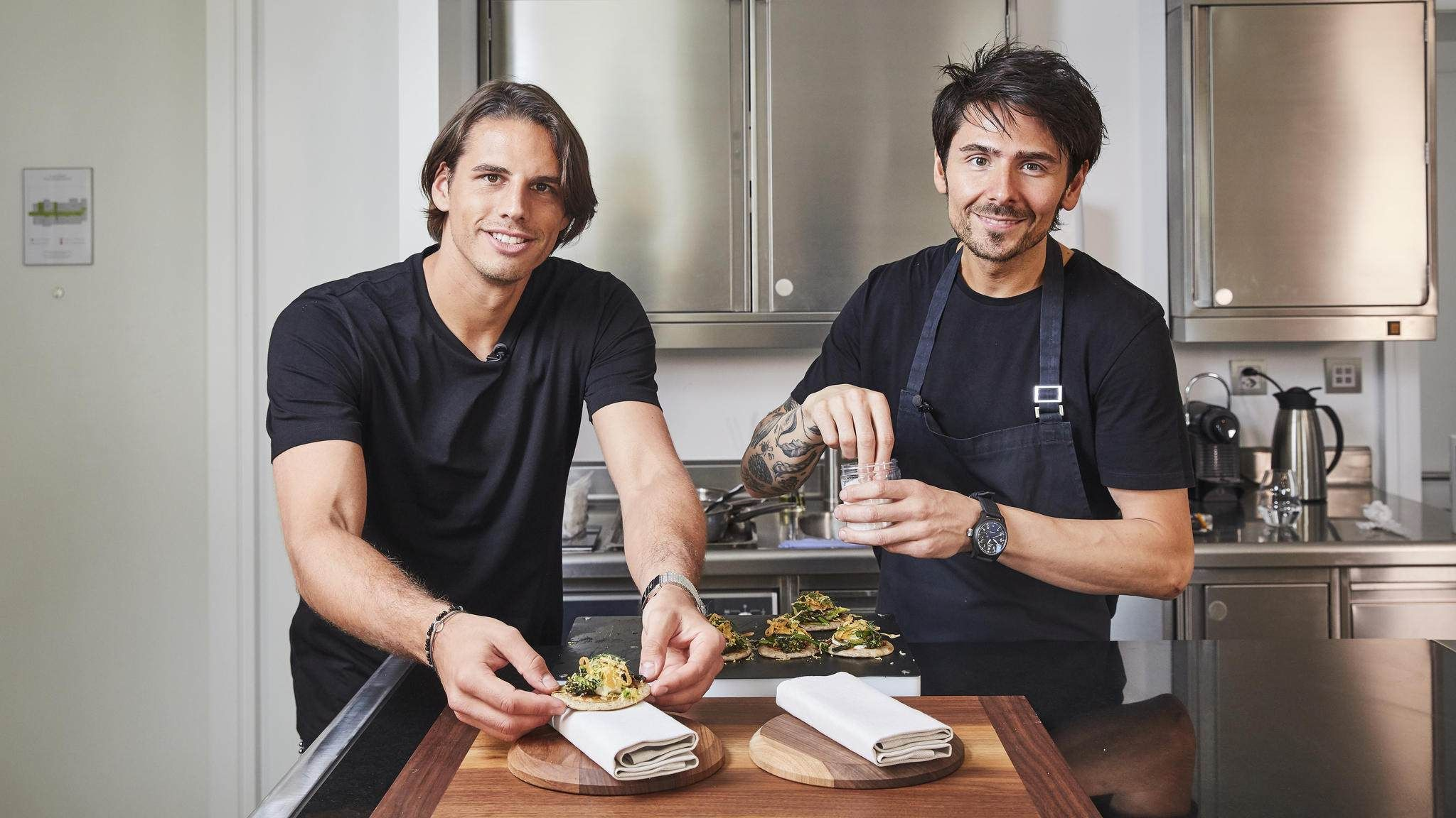 Nenad Yann Sommer Blinis Lauch Brokkoli In 2020 Coconut Smoothie Recipe Smoothie Recipes Healthy Easy Smoothie Recipes