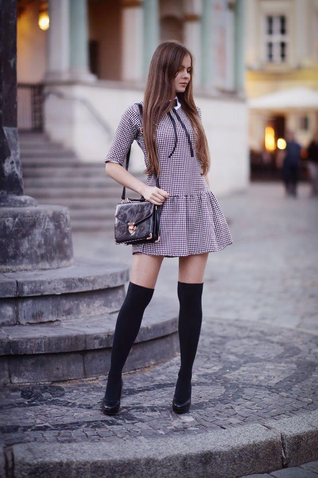 Czarno Biala Sukienka W Pepitke Czarne Zakolanowki I Szpilki Ari Maj Personal Blog By Ariadna Majewska Fashion Fashion Models Hot Fashion