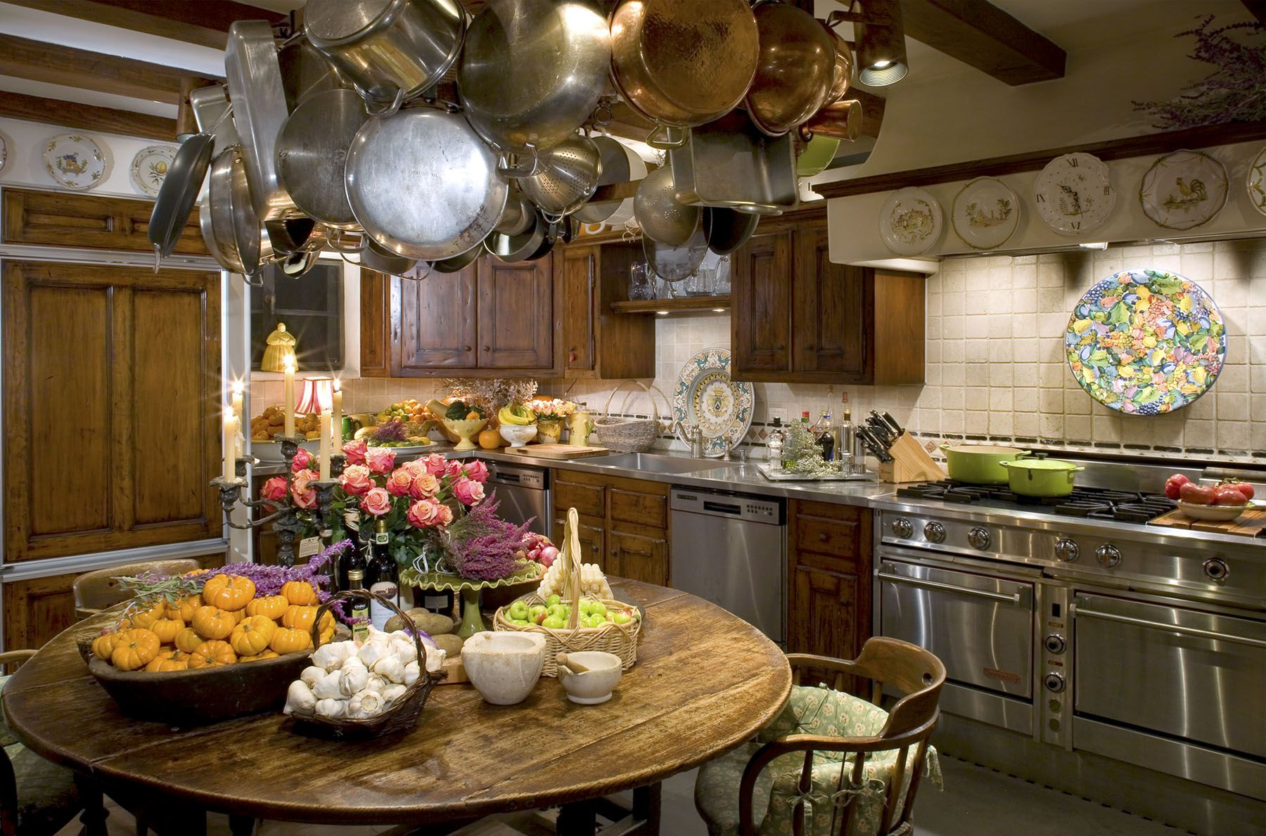 Suzanne Somers, Palm Springs, CA Desert Home. Countryside KitchenSuzanne ...