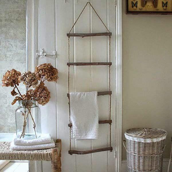 escalera para colgar toallas DIY Pinterest Bath room, Bath and
