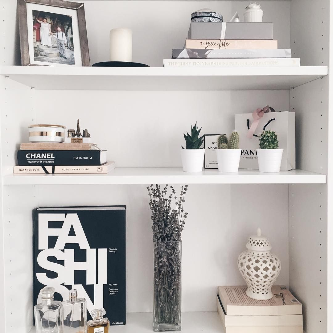 Ways To Use Ikea Billy Bookcase Interior Inspiration Popsugar Home Australia Billy Regal Dekorieren Billy Regal Wohnzimmer Regal