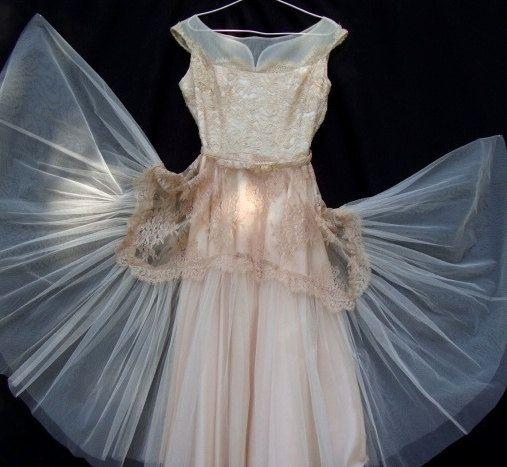 Amazing Antique 1940's Silk and Cotton Chantilly by AnnasDream, $375.00