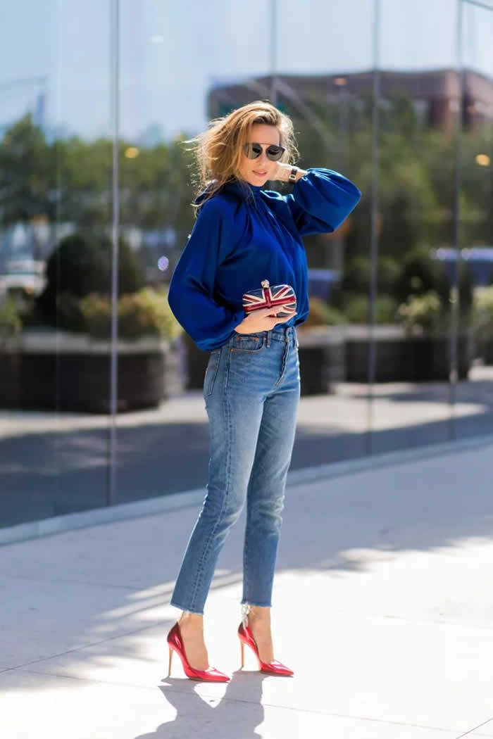 27 Stylish Denim Outfits That Are Basically Life Goals: Accessorize Jeans  Right