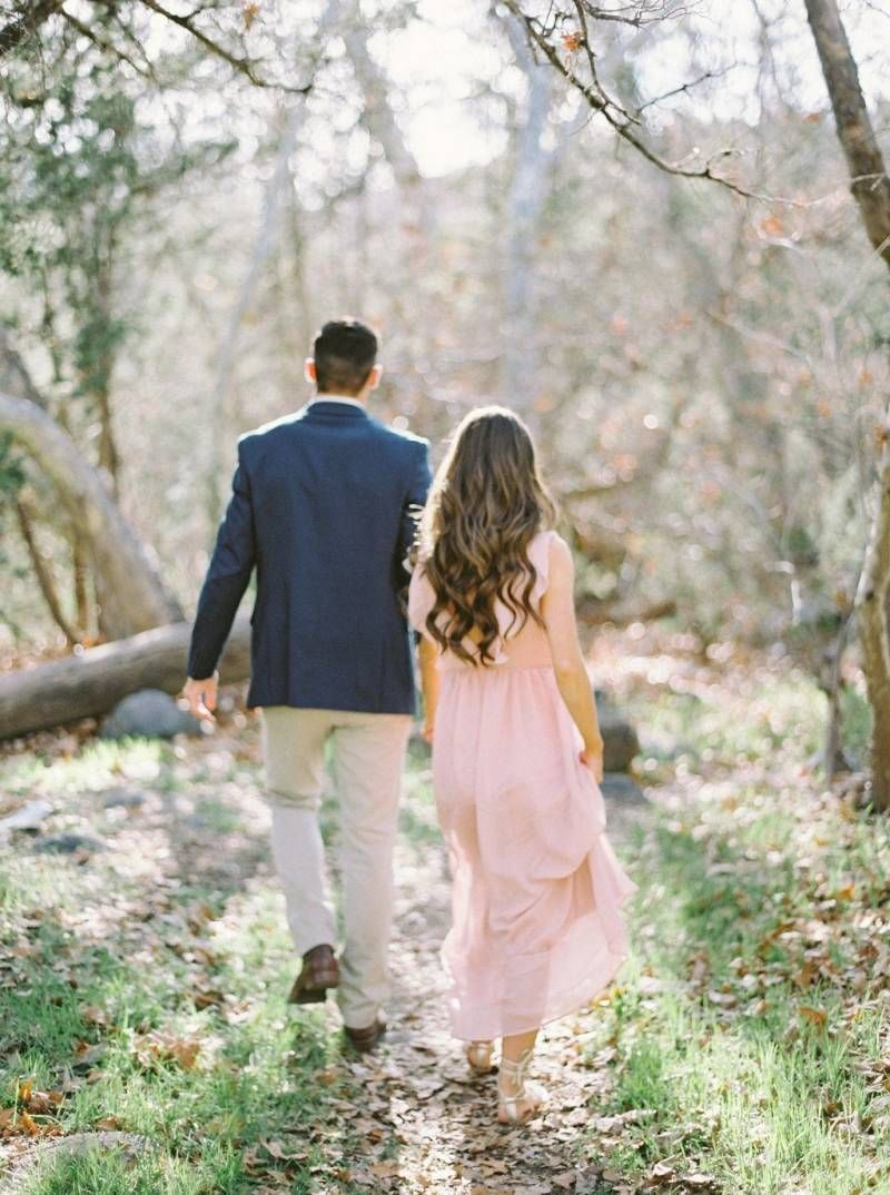 5fa0c137a2f0 Early Spring engagement shoot in Arizona via Magnolia Rouge ...