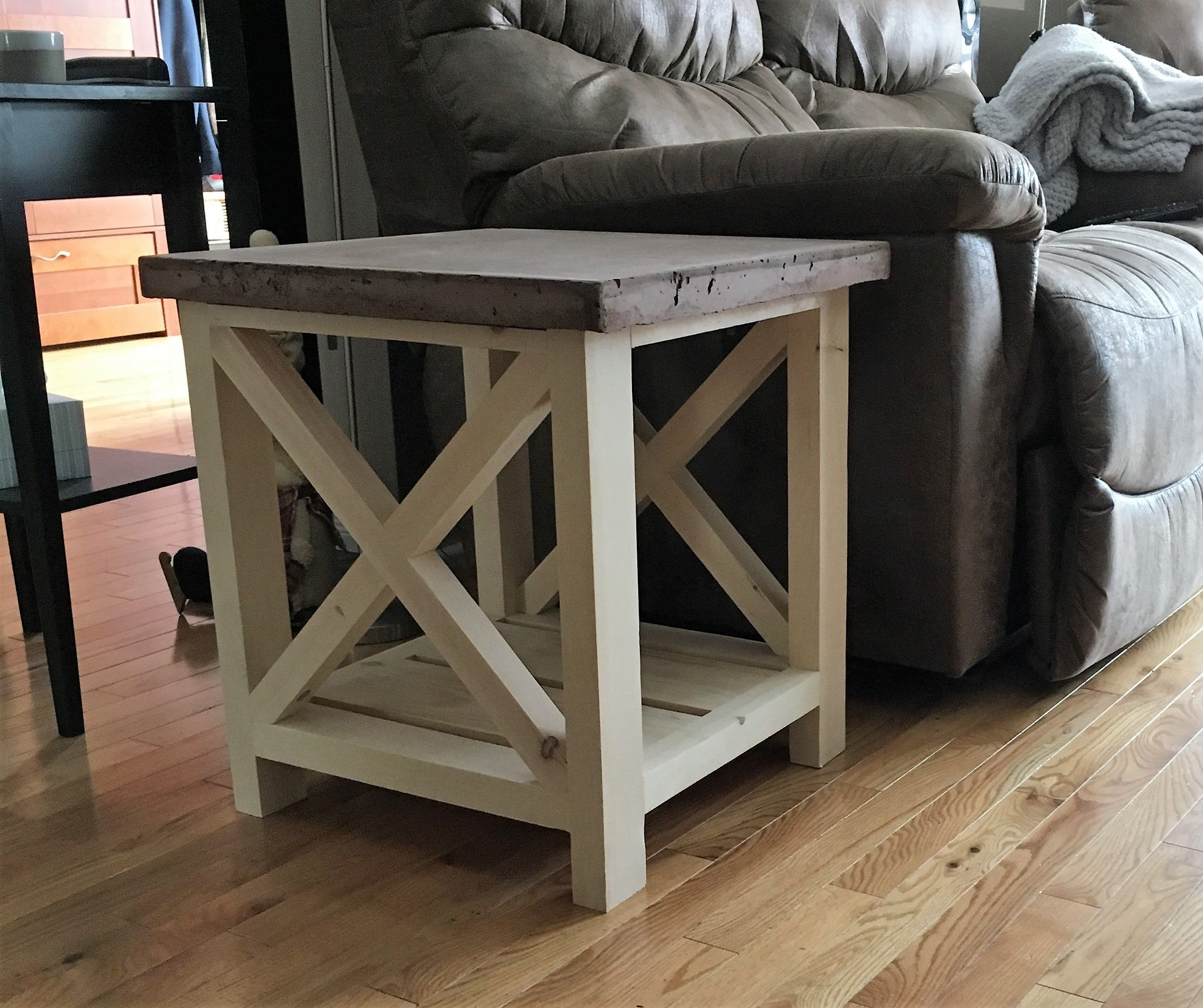 Ana White Concrete Top End Table Diy Projects Homemade