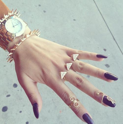 Nails+accesories | via Tumblr