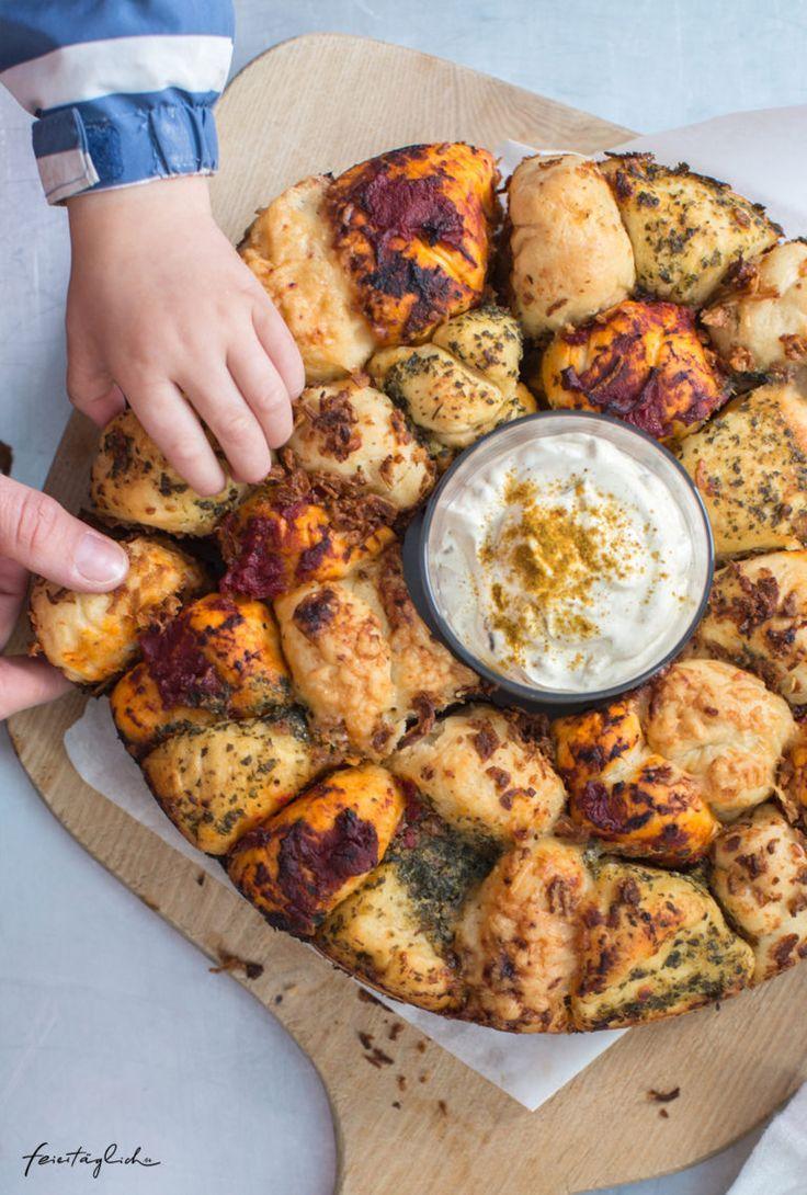 Kunterbuntes Zupfbrot – Rezept für das nächste Picknick, die Grillparty, das Sommerfest oder fürs Buffet.