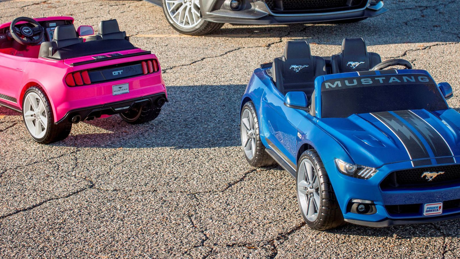 Jeep toys for kids  Fordus new Mustang Power Wheels comes with freaking traction control