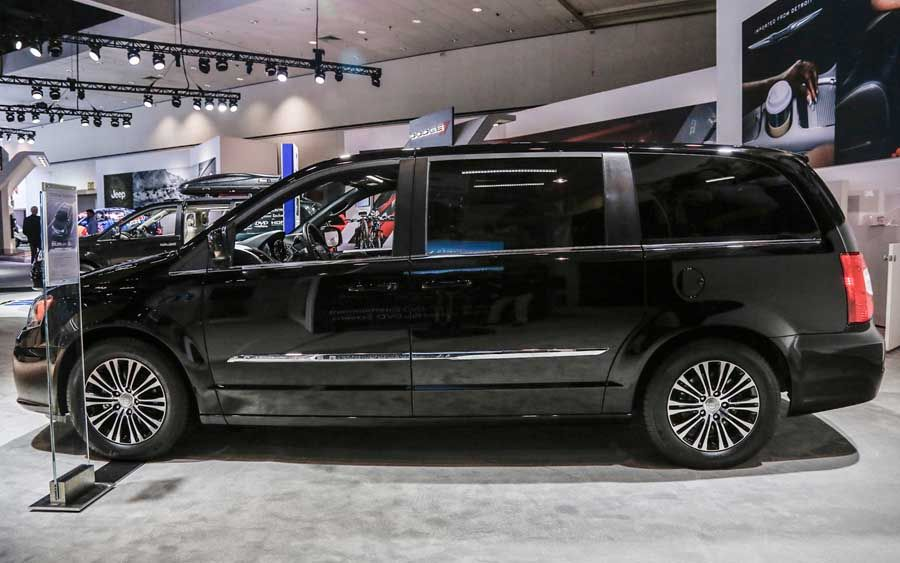 2016 Chrysler Town And Country Concept