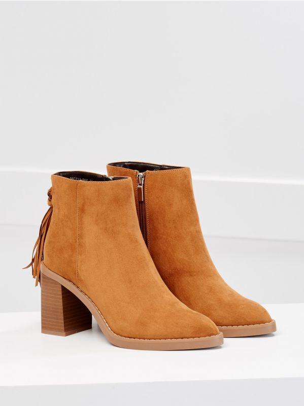 Botki Z Fredzlami Mohito Fringe Ankle Boots Ankle Boot Ankle Boots