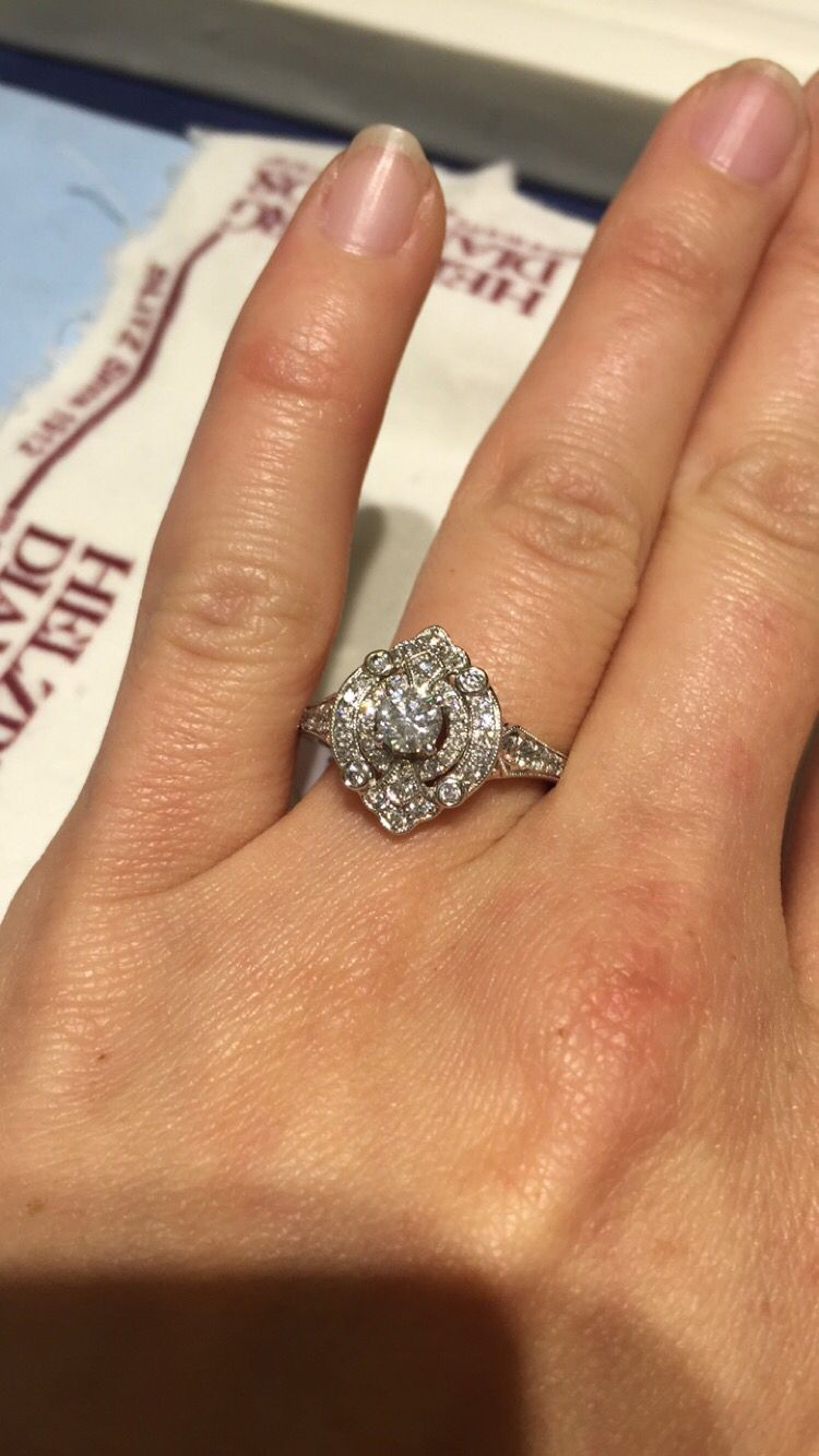 Vintage Style Engagement Ring So Pretty!! Https: