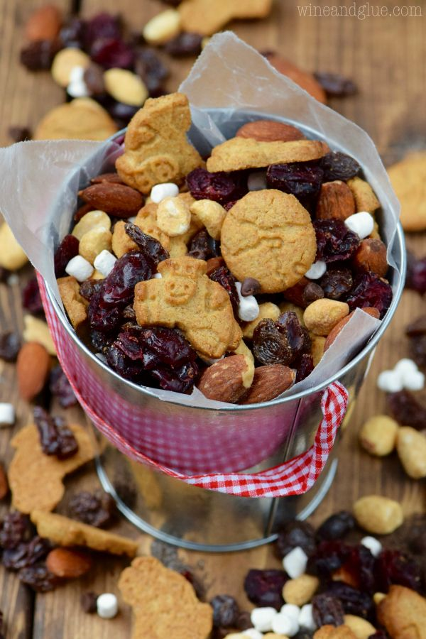 This S'mores Trail Mix comes together in a snap and is perfect for the endless kid snacking!