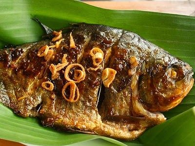 Resep Ikan Bawal Bakar Bumbu Kuning Resep Ikan Resep Ikan